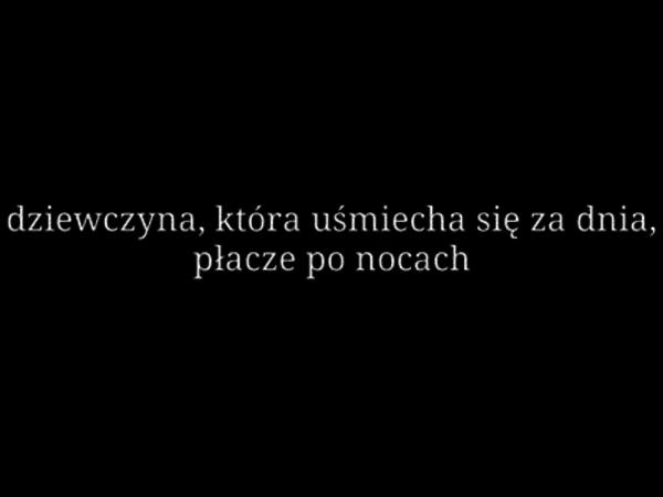 Estetyczne Tumblr Smutne Cytaty: Płacze Po Nocach